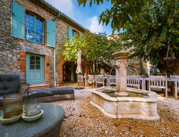 l'Ancien Mas Bouzige fontaine